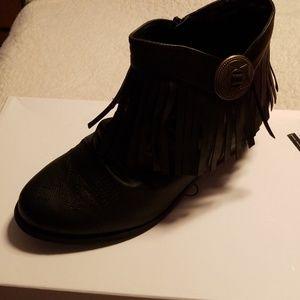 820de46d3d7 comfortview Shoes - Cute Ankle Boots with fringe